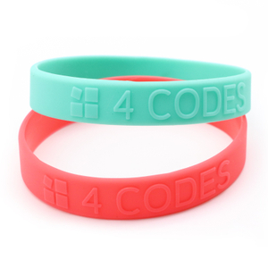 Skyee Wholesale holiday embossed silicone bracelet/wristband